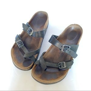 Birkenstock's Mayari Black Strappy size 5 Sandals